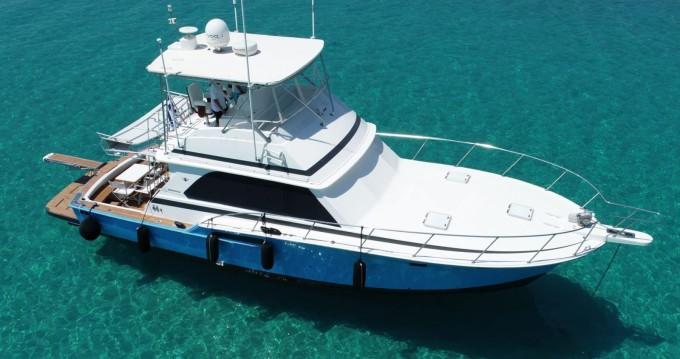 Verhuur Motorboot Bertram met vaarbewijs