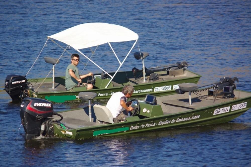 Verhuur Motorboot Alumacraft met vaarbewijs