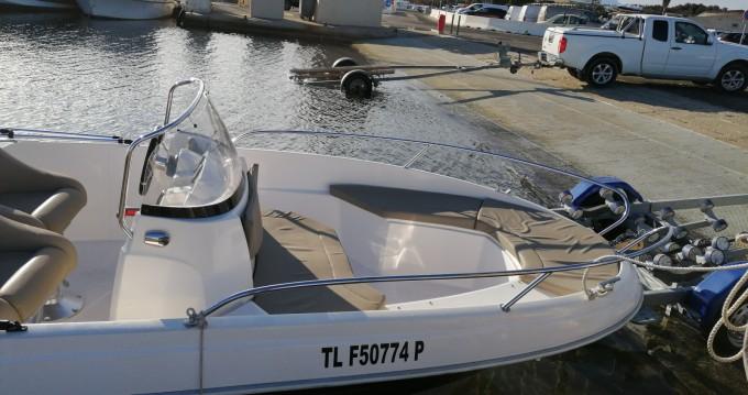Bootverhuur Hyères goedkoop Titanium 560 open