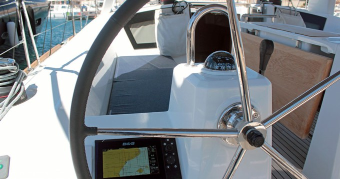 Bootverhuur Palma de Mallorca goedkoop Oceanis 381