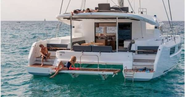 Huur Catamaran met of zonder schipper Lagoon in Athene