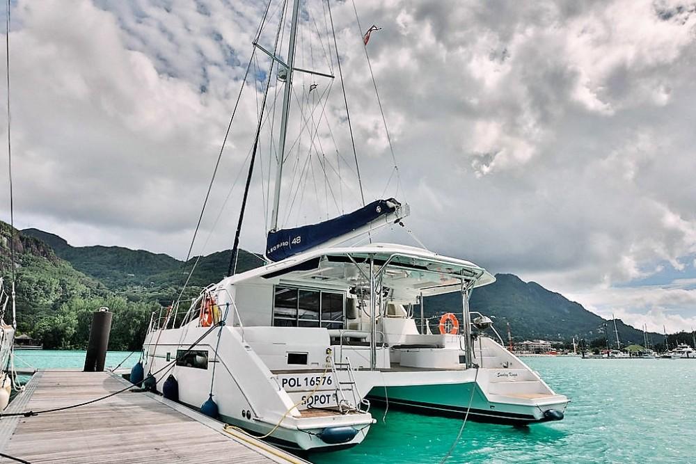 Bootverhuur Seychellen goedkoop Leopard 48