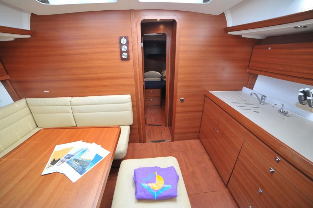 Bootverhuur Olbia goedkoop Dufour 460 Grand Large