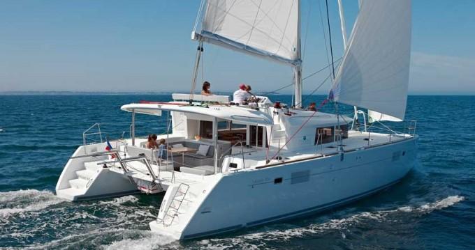 Bootverhuur Playa Sardinera goedkoop Lagoon 450 F