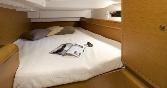 Verhuur Zeilboot in Macinaggio - Jeanneau Sun Odyssey 40.9
