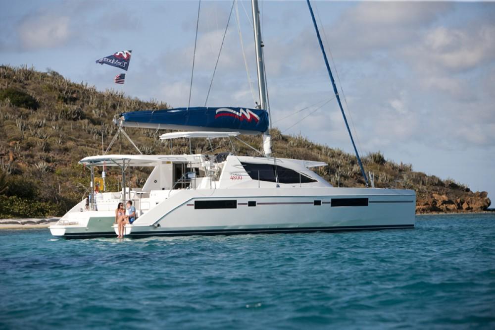 Verhuur Catamaran in Procida - Robertson-Caine Leopard 50 PC