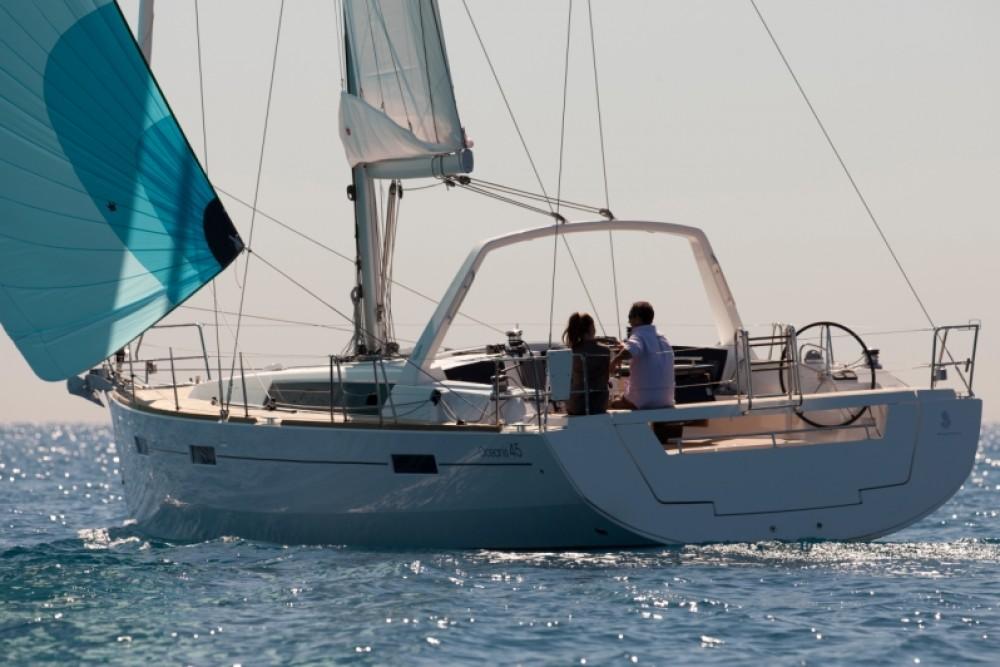 Bootverhuur Bénéteau Oceanis 45 in Furnari via SamBoat
