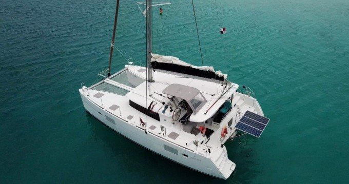 Bootverhuur Cartagena goedkoop Lagoon 400