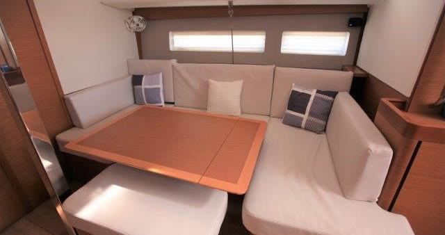 Verhuur Zeilboot in Tortola - Jeanneau Sun Odyssey 44 Ds