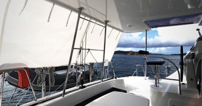 Verhuur Catamaran in Tortola - Lagoon Lagoon 380