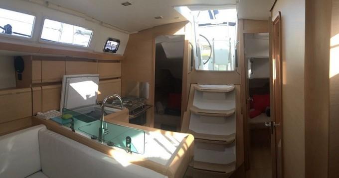 Verhuur Zeilboot in Road Town - Jeanneau Sun Odyssey 389
