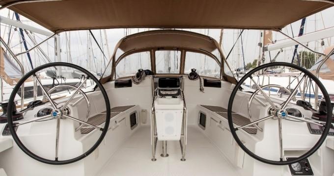 Verhuur Zeilboot in Athene - Jeanneau Sun Odyssey 439