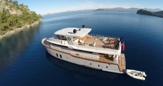 Verhuur Jacht in Göcek - Custom Built Motor Yacht
