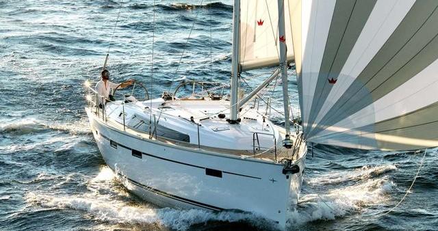 Huur een Bavaria Cruiser 41 in Rhodes