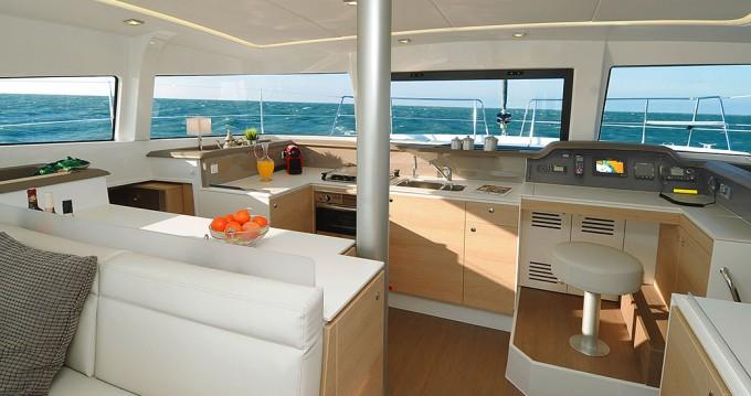 Bali Catamarans Bali 4.1 te huur van particulier of professional in Athene