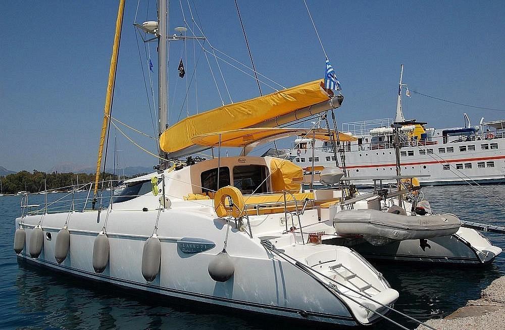 Huur Catamaran met of zonder schipper Fountaine Pajot in Bay of Zea