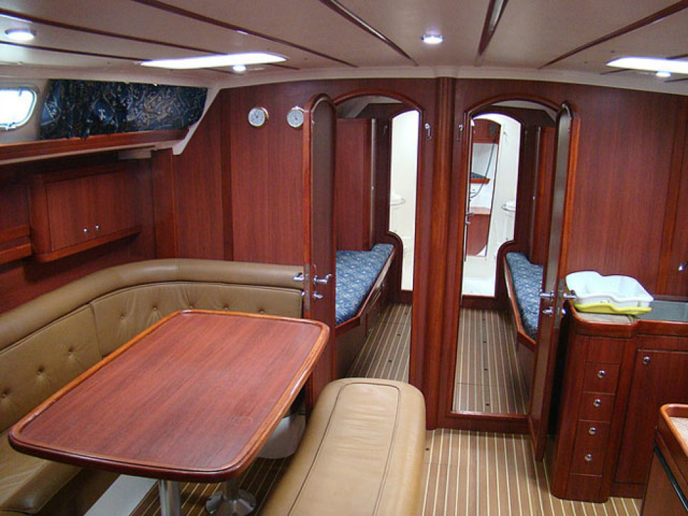 Bootverhuur Ocean Ocean Star 51.2 in Marina de Alimos via SamBoat
