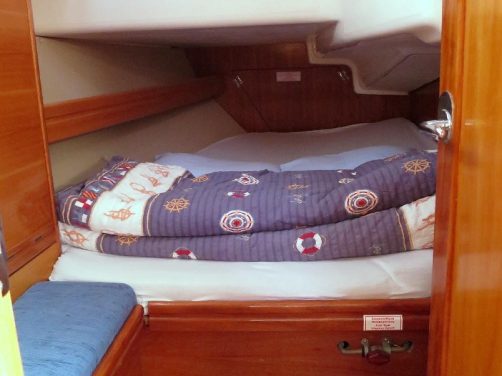 Verhuur Zeilboot in Rogoznica - Bavaria Bavaria 37 C