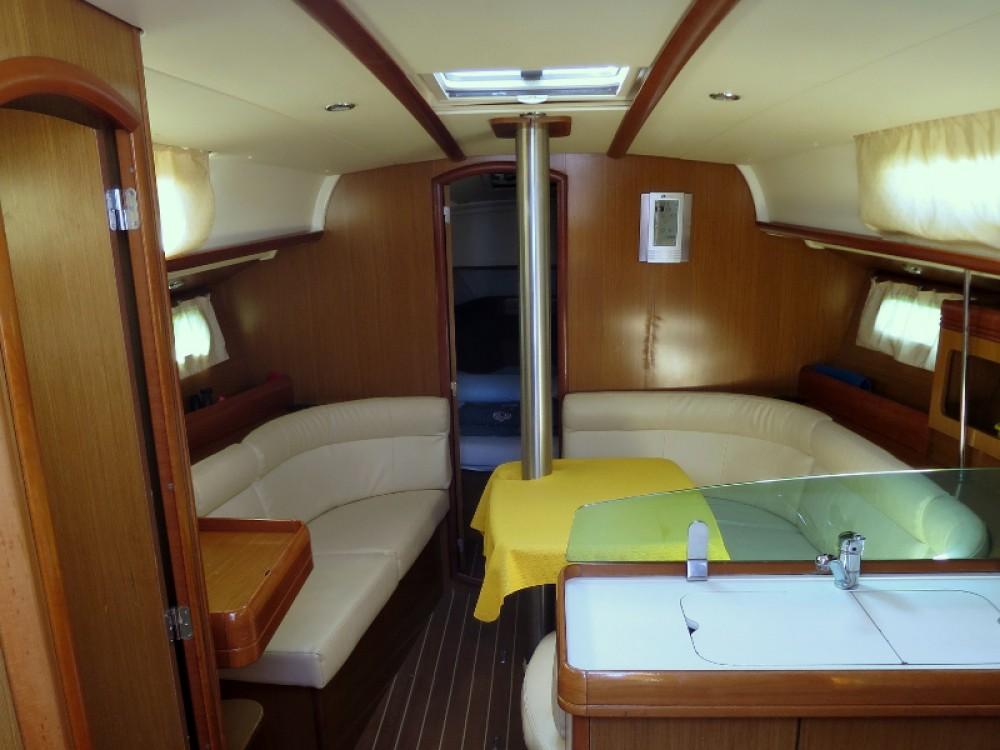 Bootverhuur Jeanneau Sun Odyssey 36i in Rogoznica via SamBoat