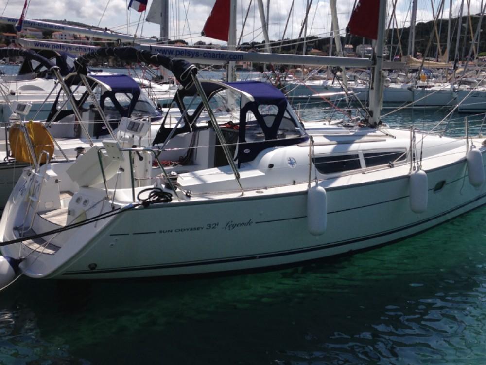 Verhuur Zeilboot in Rogoznica - Jeanneau Sun Odyssey 32i