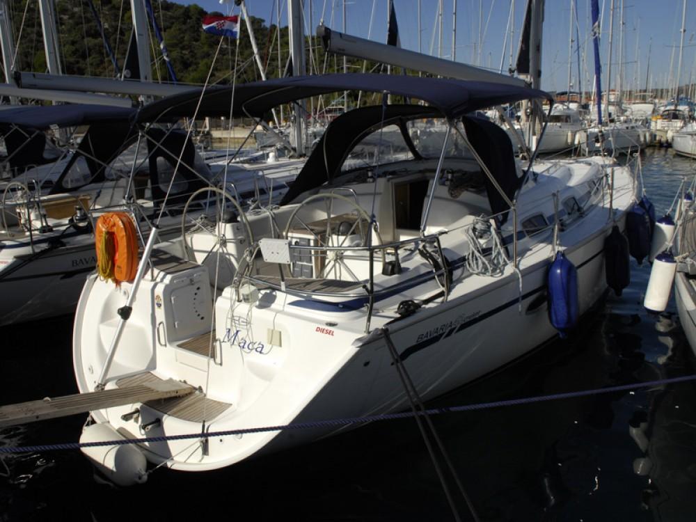 Bootverhuur Bavaria Bavaria 42 C in Rogoznica via SamBoat