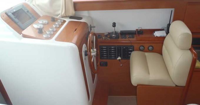 Huur Motorboot met of zonder schipper Bénéteau in Rogoznica