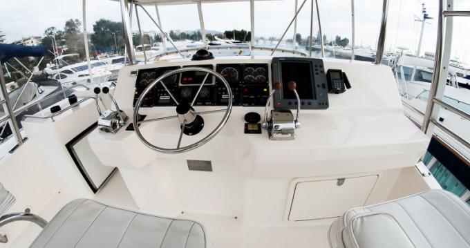 Verhuur Motorboot in Álimos - Riviera Riviera 48