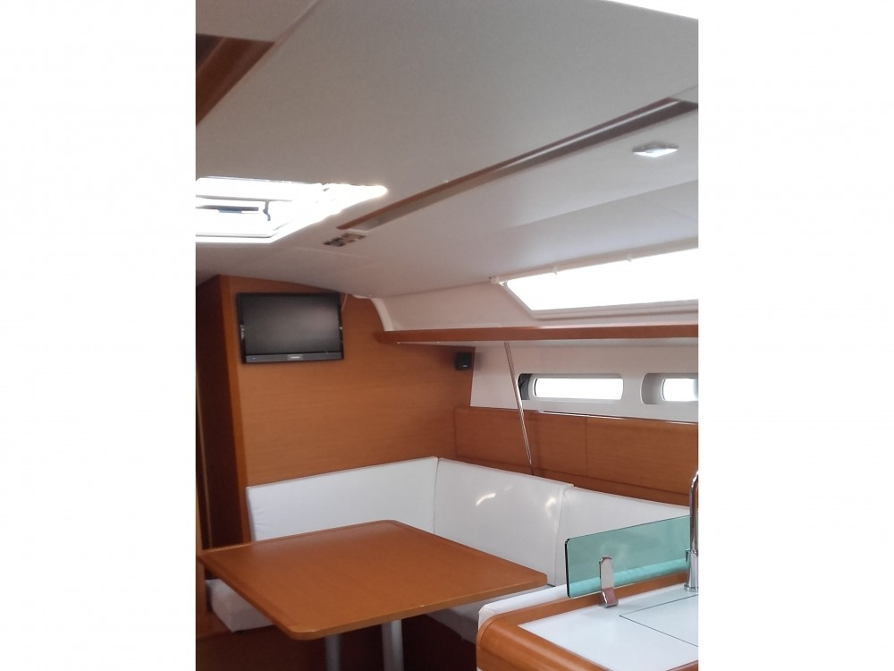 Jachthuur in Sukošan - Jeanneau Sun Odyssey 449 via SamBoat