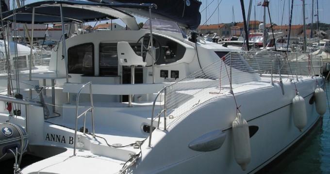 Verhuur Catamaran in Punat - Fountaine Pajot Lavezzi 40