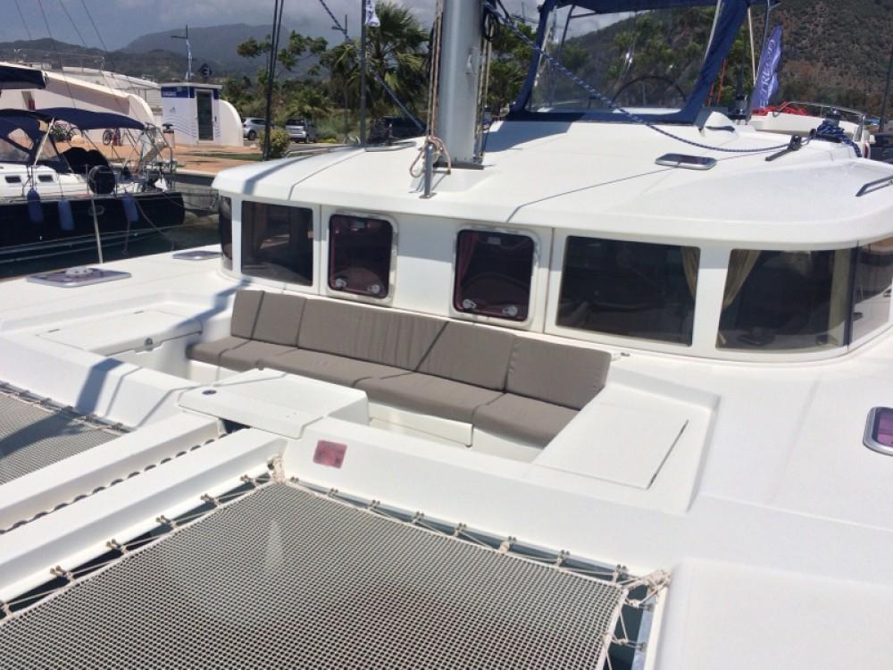 Verhuur Catamaran in  - Lagoon Lagoon 440