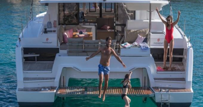 Verhuur Catamaran in Lefkada (Island) - Fountaine Pajot Astrea 42