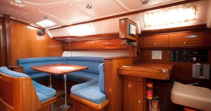 Bootverhuur Níkiti goedkoop Bavaria 38 Cruiser