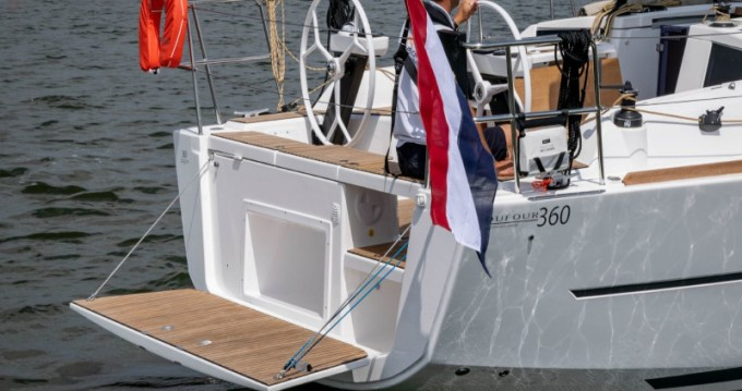 Verhuur Zeilboot in Capo d'Orlando - Dufour Dufour 360 Grand Large