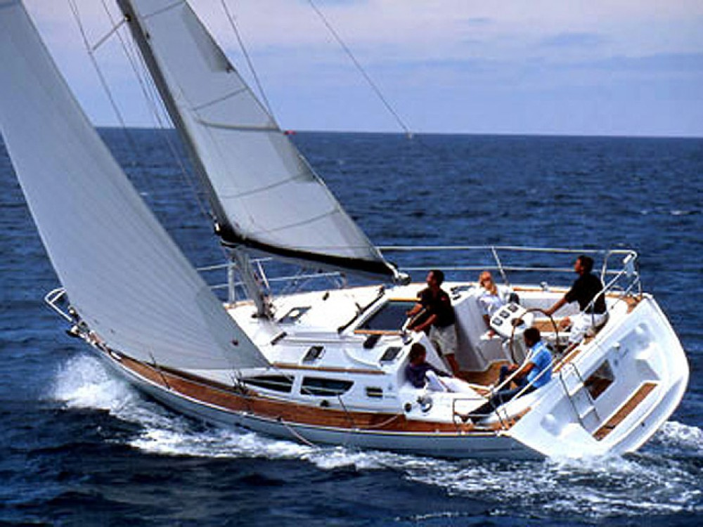 Jeanneau Sun Odyssey 35 te huur van particulier of professional in Marina de Alimos