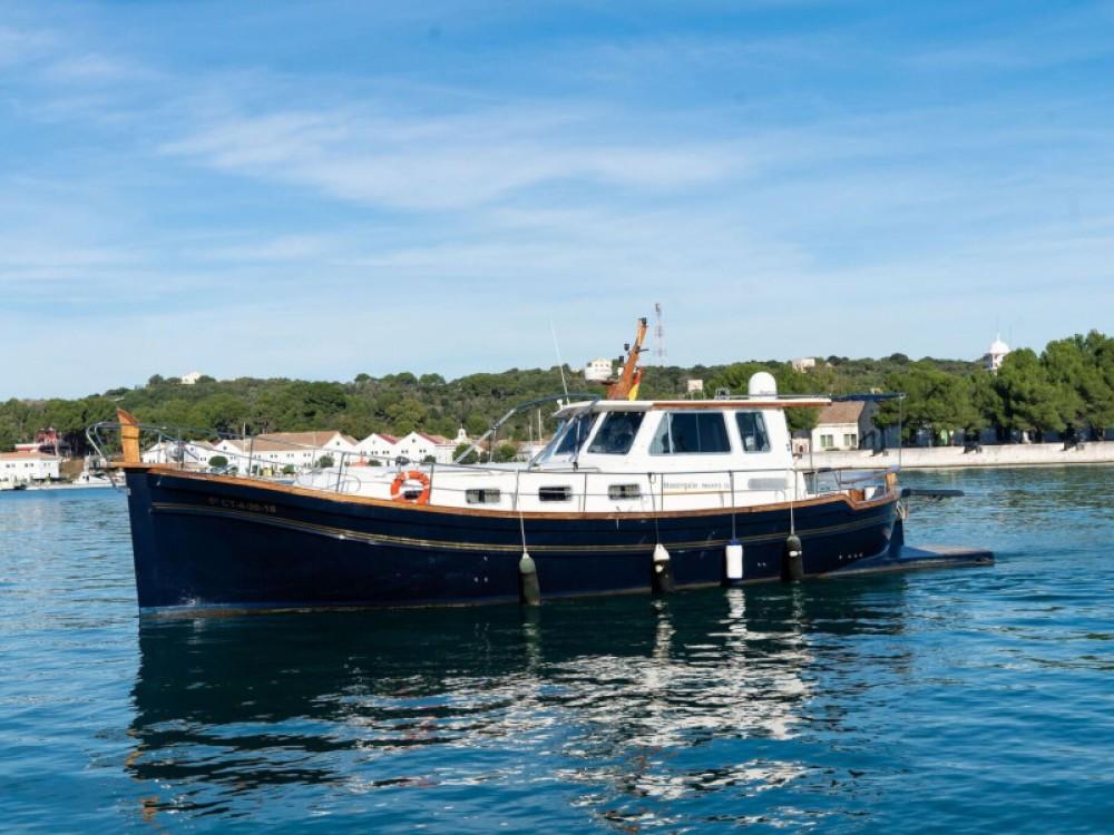 Motorboot te huur in Maó voor de beste prijs