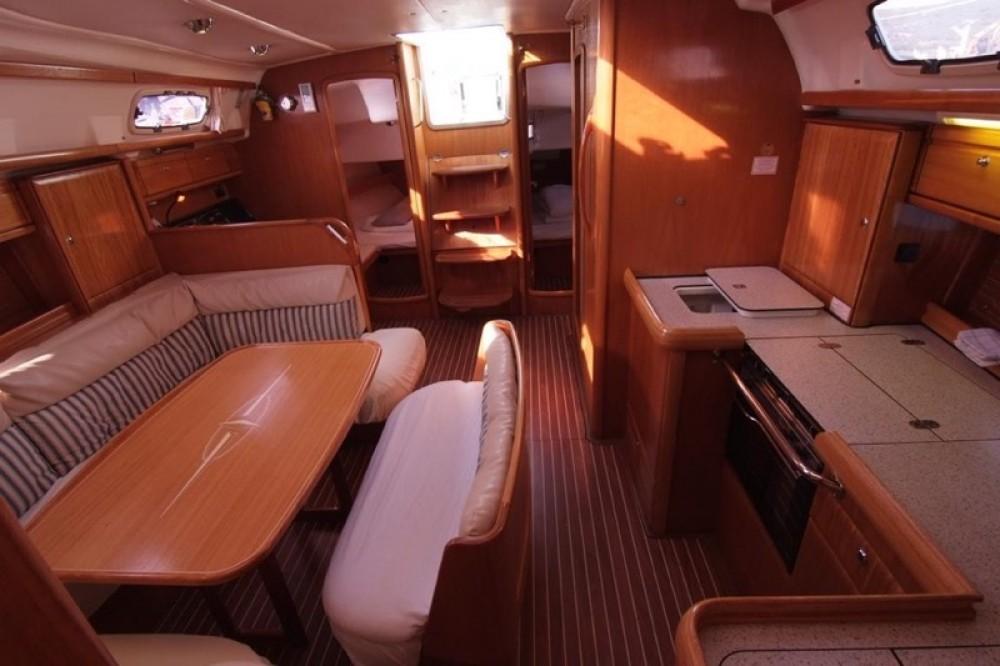 Bootverhuur Krk goedkoop Bavaria 42 Cruiser