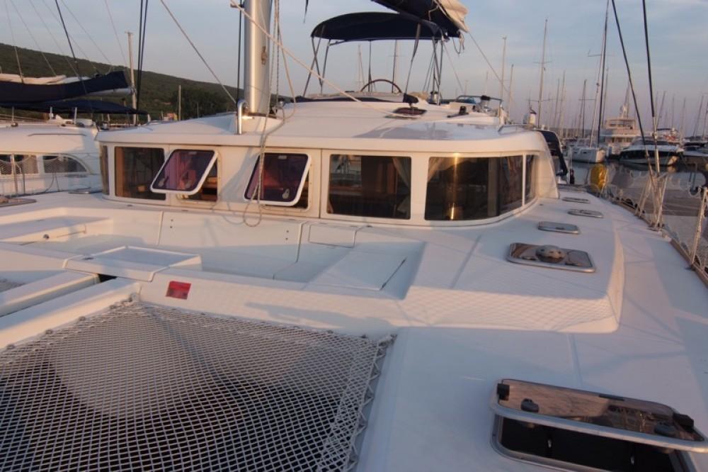 Lagoon Lagoon 440 (4+2 cab) te huur van particulier of professional in Krk