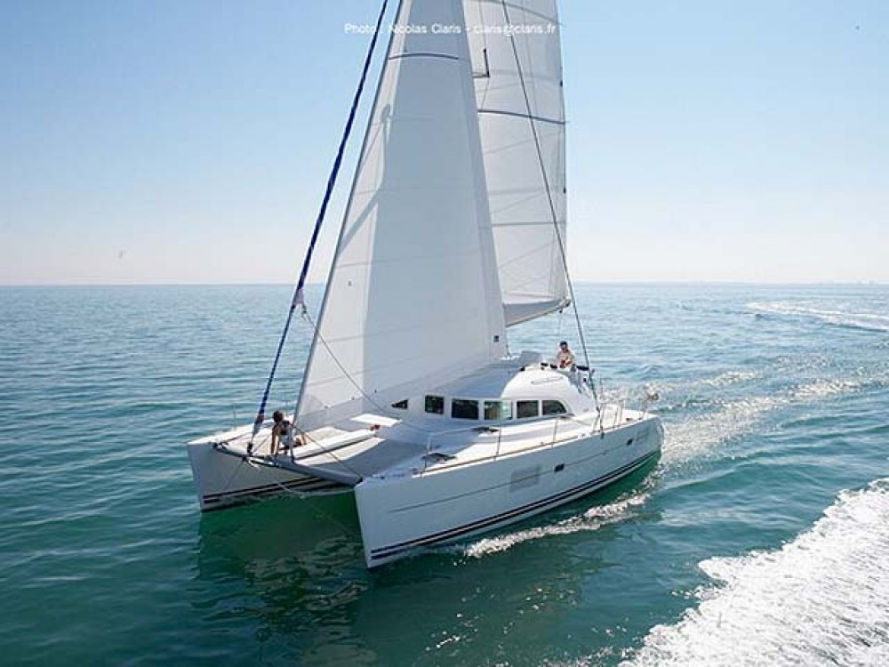 Verhuur Catamaran in  - Lagoon Lagoon 380 S2