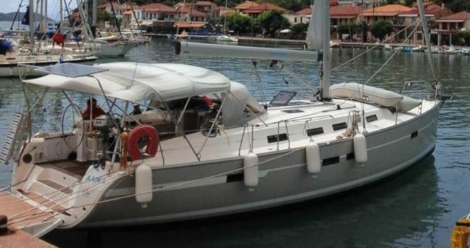 Bootverhuur Bavaria Bavaria 45 Cruiser in Gouviá via SamBoat