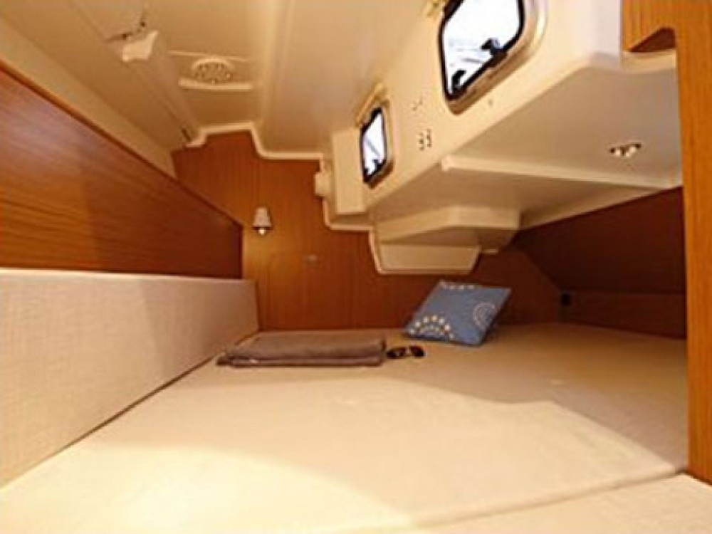 Bootverhuur Jeanneau Sun Odyssey 33 in Marsala via SamBoat