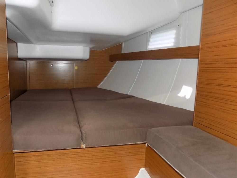 Verhuur Zeilboot in Marina Kaštela - Elan Elan 45 impression