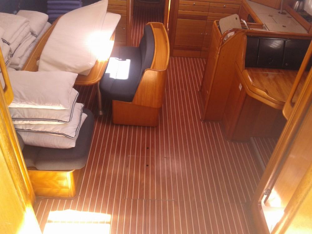 Jachthuur in Marina Kaštela - Bavaria Bavaria Cruiser 50 via SamBoat