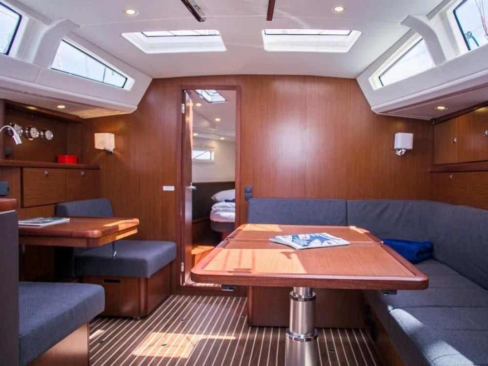 Verhuur Zeilboot in Marina Naviera Balear - Bavaria Bavaria Vision 46