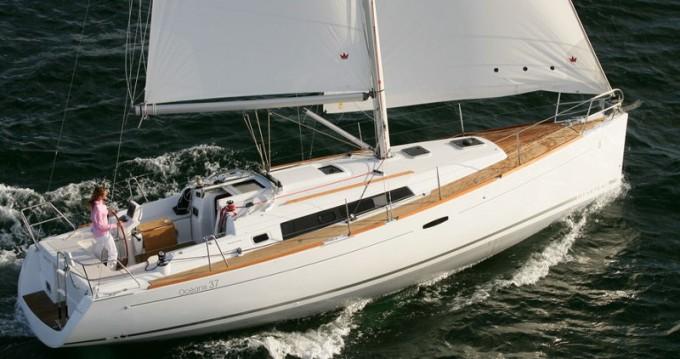 Verhuur Zeilboot in Palma de Mallorca - Bénéteau Oceanis 37