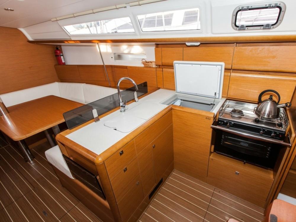 Jeanneau Sun Odyssey 379 te huur van particulier of professional in Palma de Mallorca