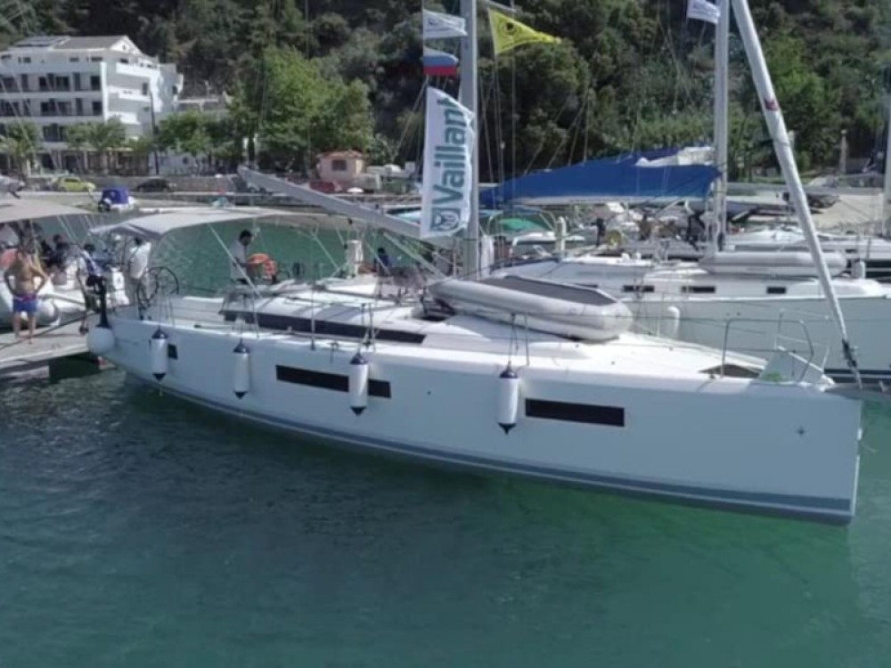 Bootverhuur Jeanneau Sun Odyssey 440 in Volos via SamBoat
