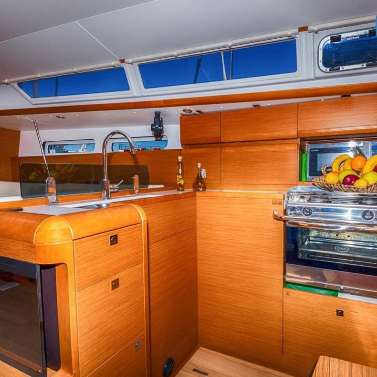 Verhuur Zeilboot in Keramoti - Jeanneau Sun Odyssey 409