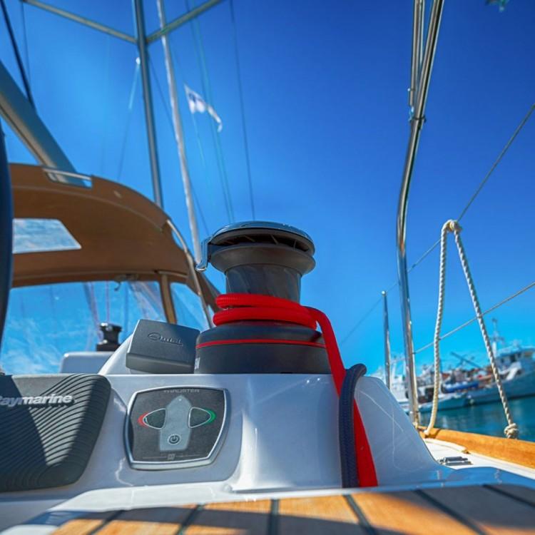 Huur een Jeanneau Sun Odyssey 409 in Keramoti