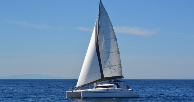 Fountaine Pajot Athena 38 te huur van particulier of professional in Volos