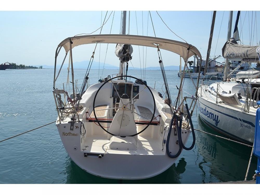 Zeilboot te huur in Κεραμωτή voor de beste prijs